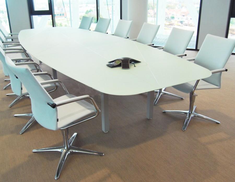 klober, klöber, rabobank, interieur, kantoorinrichting, bureaustoel, bureau, design, boardroom
